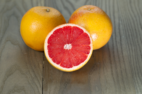 ruby grapefruit essential oil 2